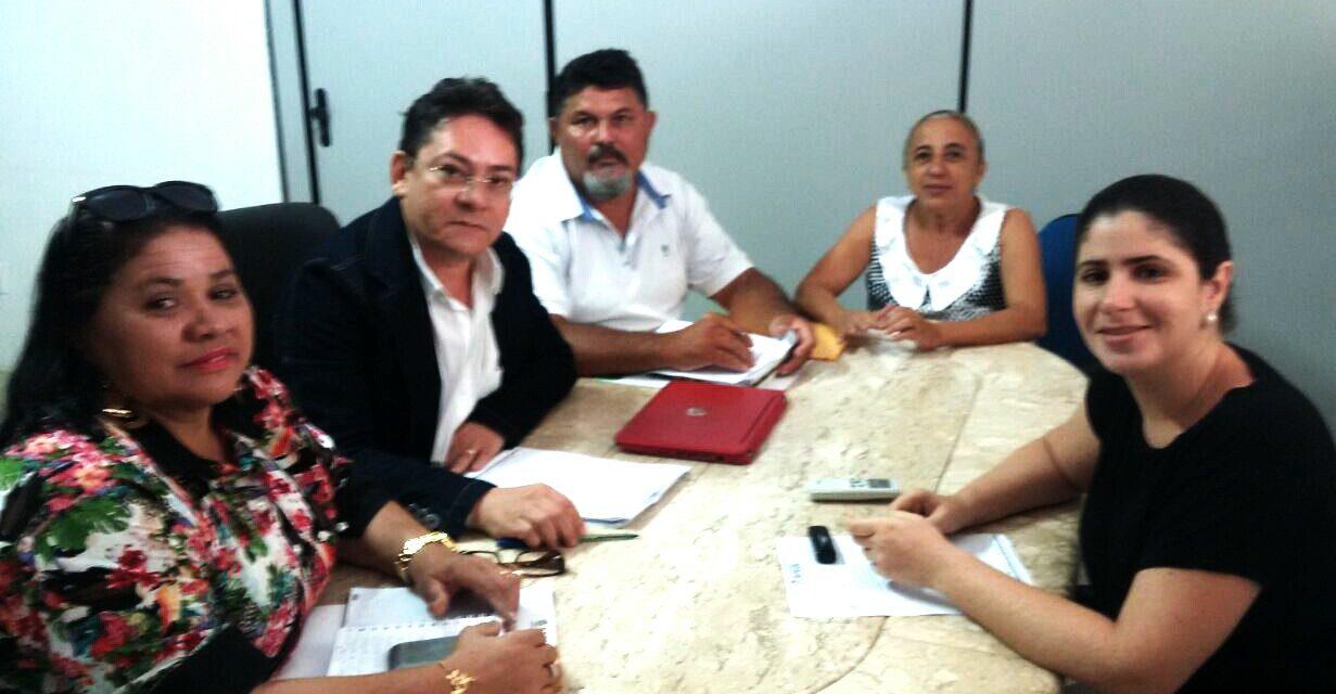Boa Viagem: Sindicato APEOC tem audiência com prefeitura