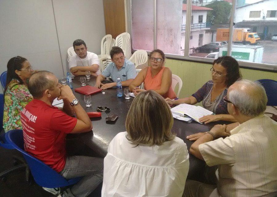 Paracuru: Sindicato APEOC leva demandas da categoria à Prefeitura
