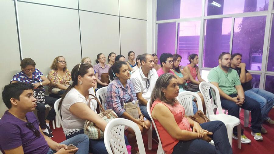 Pacajus: Sindicato APEOC em negociação com a Secretaria de Educação