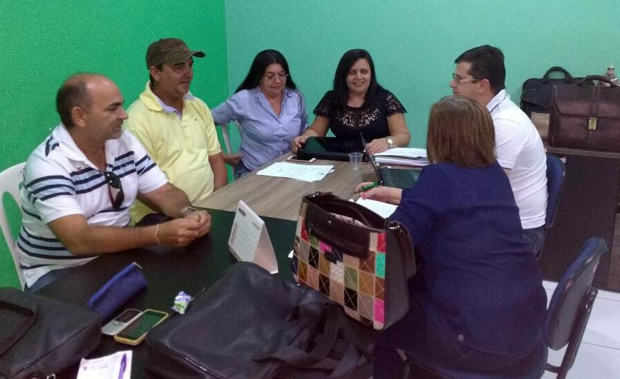 Jaguaruana: Sindicato APEOC conquista reajuste de 7,64% para profissionais da Educação
