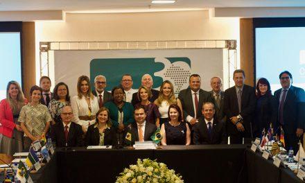 Secretário de Educação do Ceará é eleito presidente do Consed