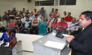 Tauá: Sindicato APEOC leva demandas da categoria para sessão na Câmara de Vereadores