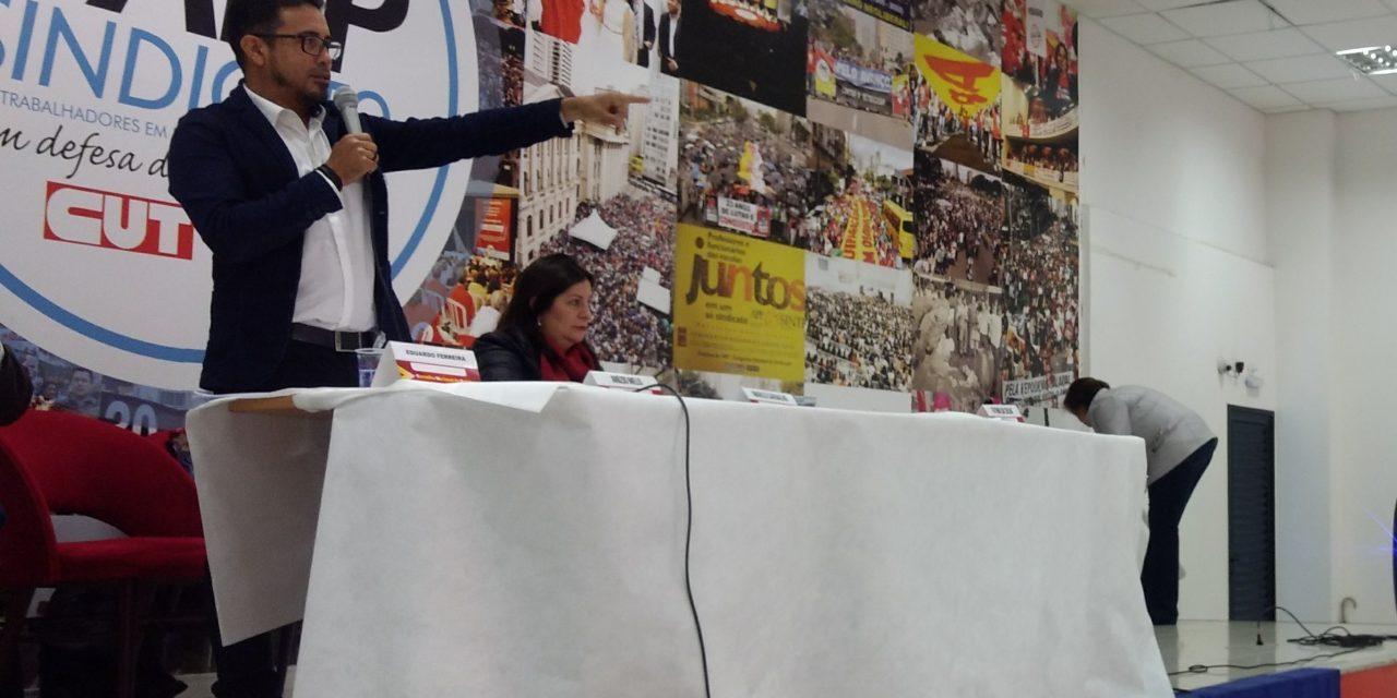 Protagonismo na luta: Sindicato APEOC apresenta proposta do Novo Fundeb em encontro da CNTE