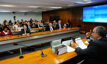 Senado: Secretário do Sindicato APEOC participa de audiência sobre Reformas Malditas