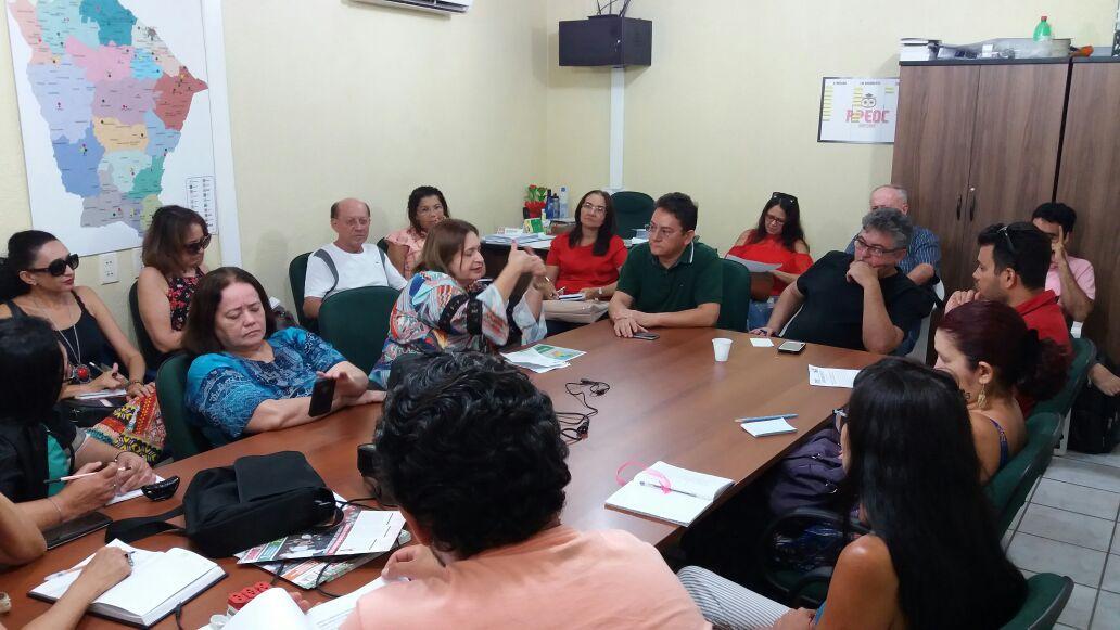 Sindicato APEOC realiza plenárias sobre Ampliação Definitiva e CEJAs
