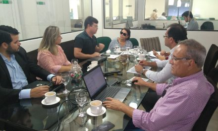 São Gonçalo: Sindicato APEOC revisa dados orçamentários e cobra apresentação de folha de pagamento