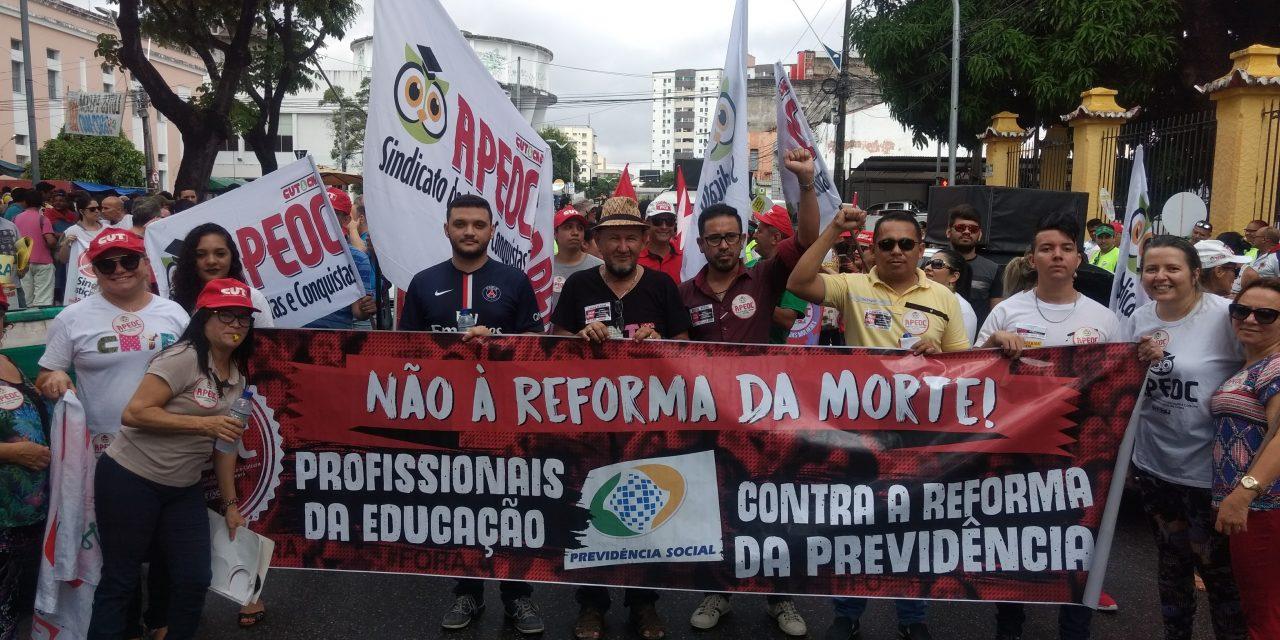 Na rua e na luta contra as Reformas Malditas