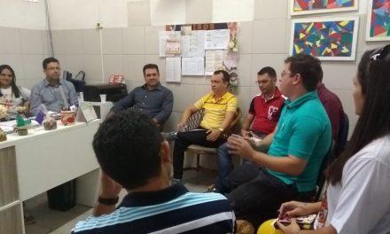 Viçosa: Sindicato APEOC tem primeira audiência com Prefeitura