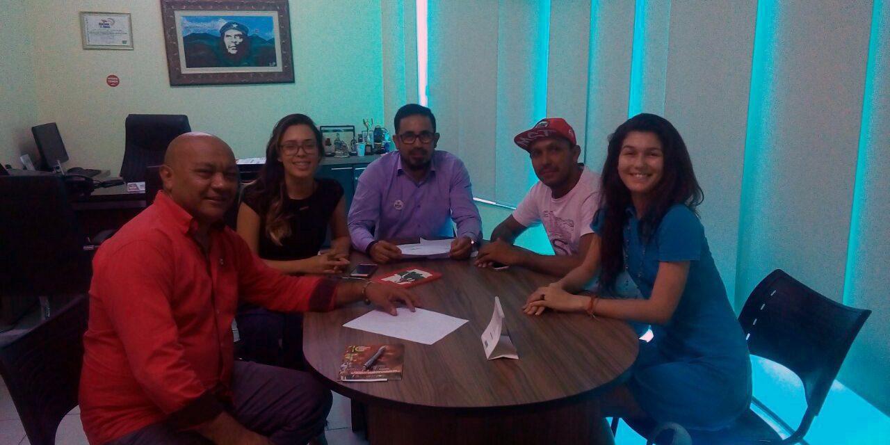 Sindicato APEOC recebe visita de Comissão de Juventude Camponesa do MST