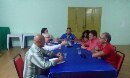 Paracuru: Sindicato APEOC participa de audiência com secretária de Educação