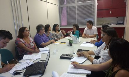 CEJAs: Sindicato APEOC discute demandas apresentadas em audiência com secretário de Educação
