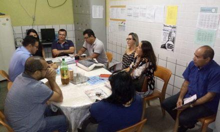 Chão da Escola: Anizio Melo visita Escola Estadual Sales Campos
