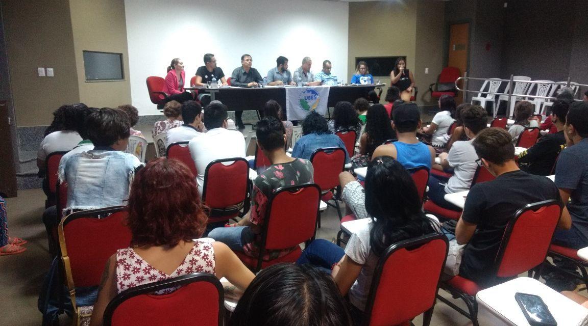 Sindicato APEOC e CNTE juntos em seminário da ACES