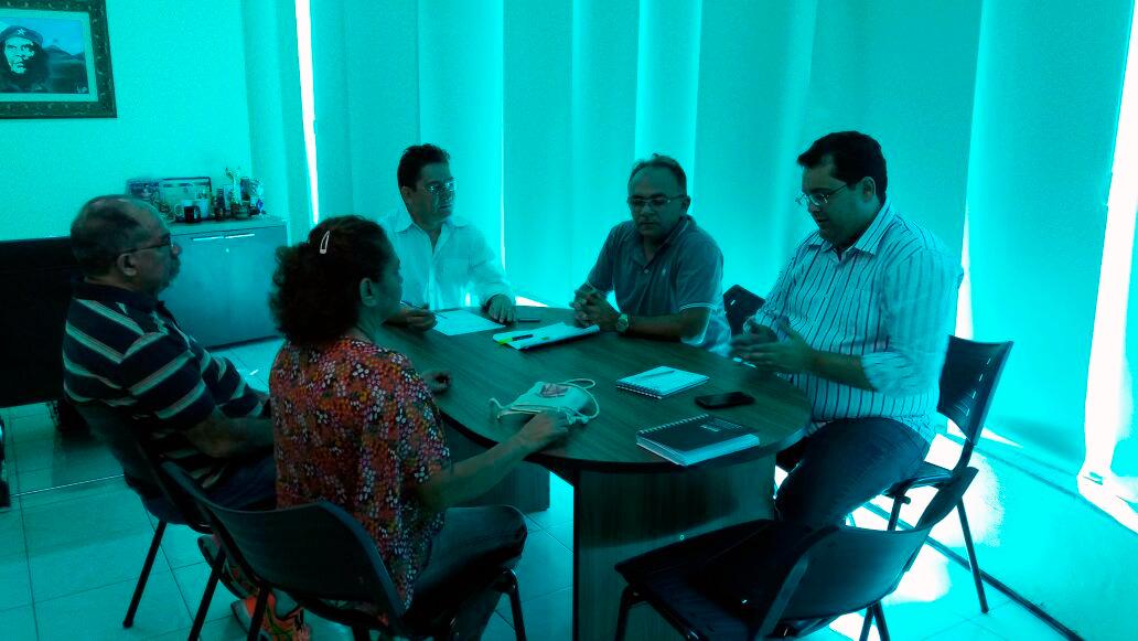Ampliação Definitiva de Carga Horária: Sindicato APEOC se reúne com professores