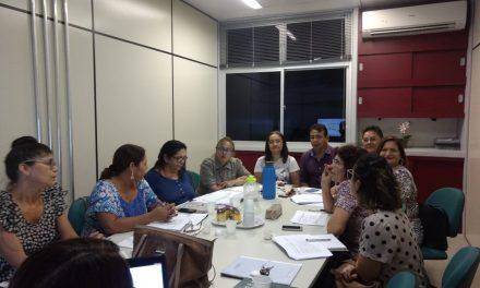 Sindicato APEOC participa de reunião sobre CEJAs na Seduc