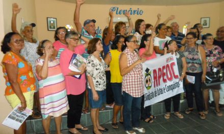 Chaval: Sindicato APEOC realiza encontro com aposentados