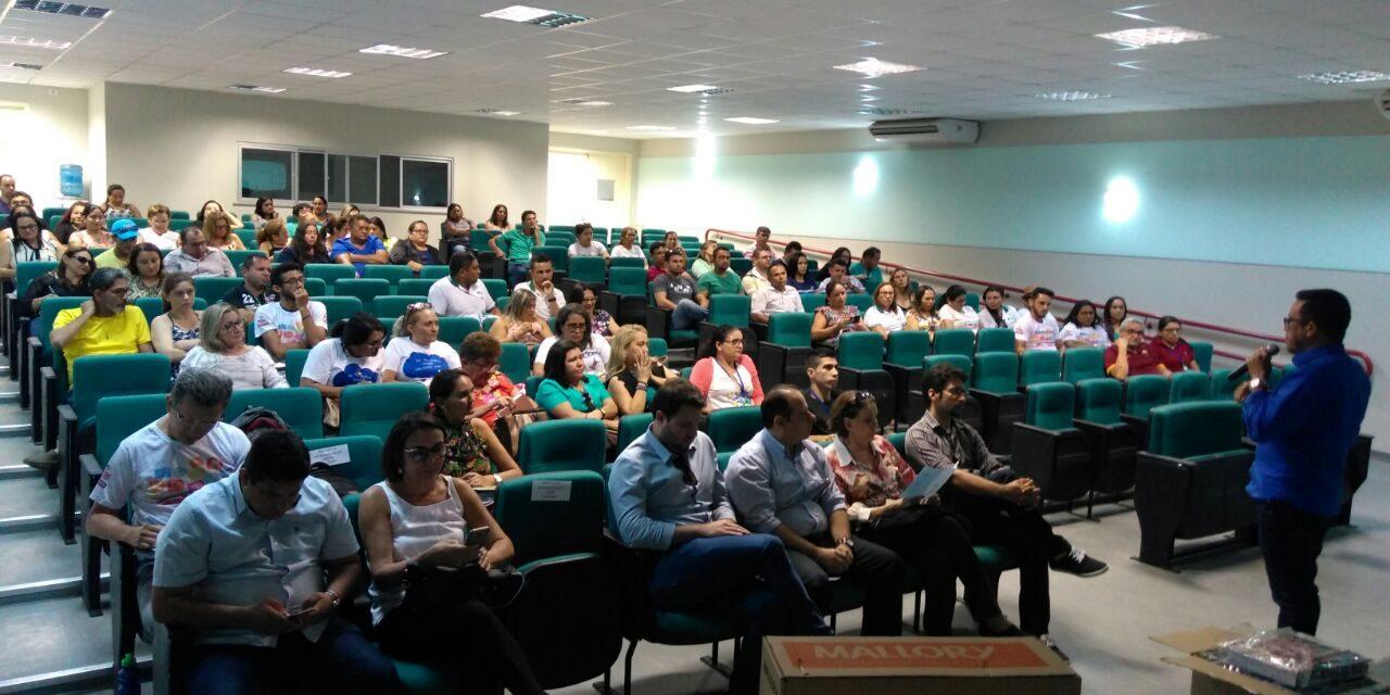 São Gonçalo: Anizio Melo participa de Seminário sobre financiamento da Educação