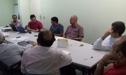 Sindicato APEOC e outras entidades têm reunião com superintendente do ISSEC