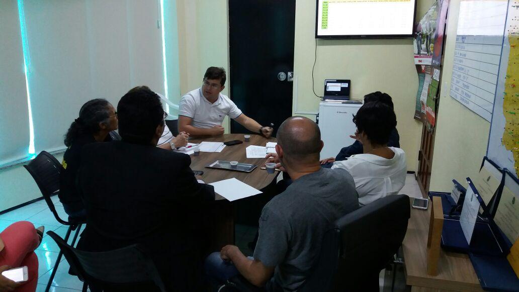 ISSEC: Sindicato APEOC recebe entidades para discutir Frente em Defesa do Instituto