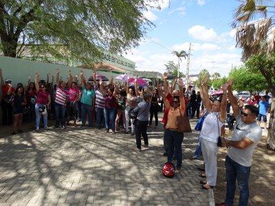 Tauá: Professores aprovam greve por tempo indeterminado