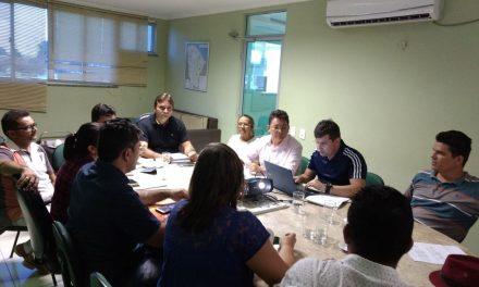 Palhano: Dirigentes se reúnem com prefeito para tratar de reajuste salarial