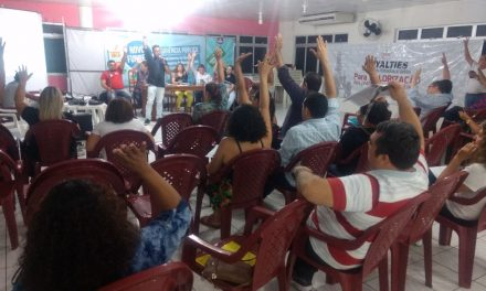 Direção Executiva aprova Resolução que norteia luta em 2018