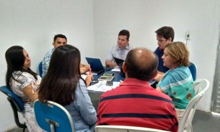 Jaguaruana: Sindicato APEOC tem audiência com secretário de Educação