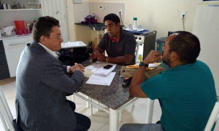 Parambu: Sindicato APEOC presta atendimento jurídico