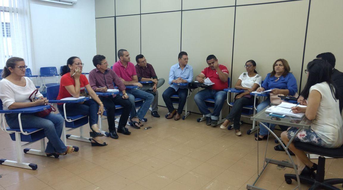 Tauá: Mesa de Negociação discute pautas da categoria