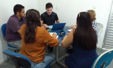 Jaguaruana: Sindicato arranca reajuste e auxílio dedicação à docência