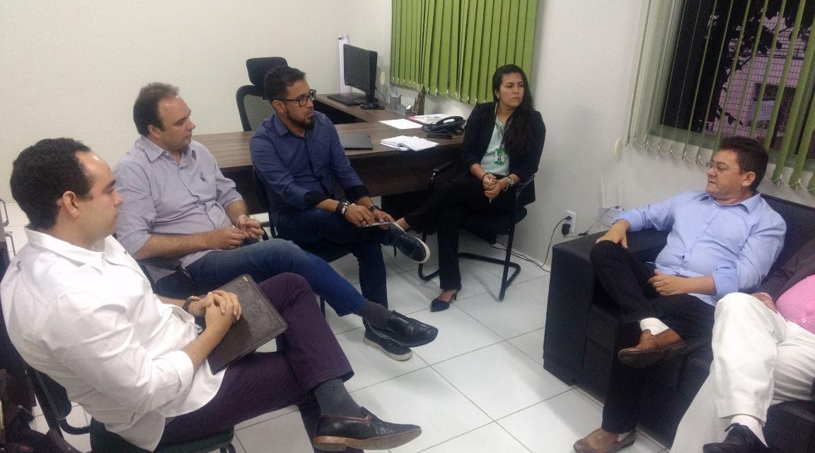 Novo Fundeb: Sindicato APEOC e Aprece firmam parceria para mobilizar prefeitos