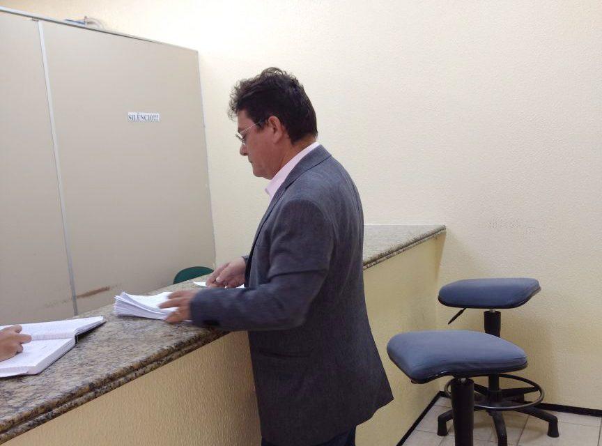 Paracuru: Sindicato APEOC vai ao Fórum acompanhar processos
