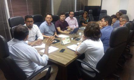 Negociação com Seduc avança para definir reajuste diferenciado aos profissionais da Educação
