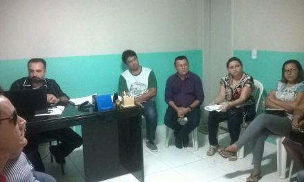 Umirim: Sindicato APEOC cobra reajuste em audiência com secretário de Educação