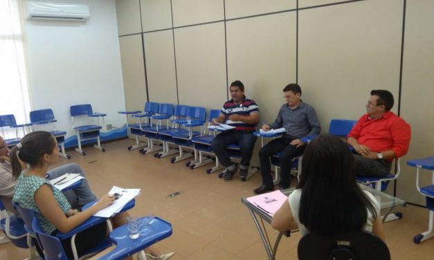 Tauá: Reivindicações da categoria são discutidas em audiência com secretária de Educação