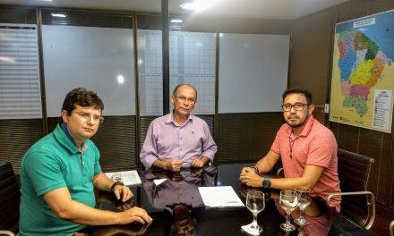 Reajuste e ampliação definitiva: Anizio Melo se reúne com secretário-chefe da Casa Civil