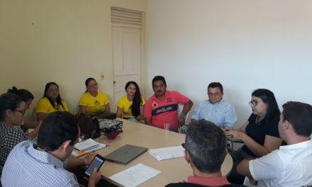 Cariré: APEOC participa de reunião com secretária de Educação e efetiva pautas