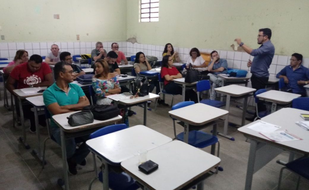 No Chão da Escola debate Carreira, Financiamento e Novo ISSEC