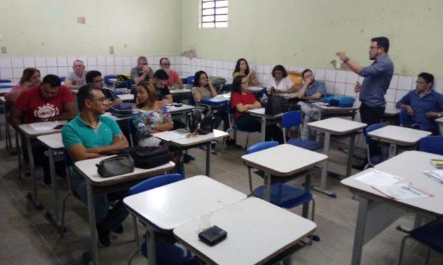 No Chão da Escola debate Carreira, Financiamento e Novo ISSEC