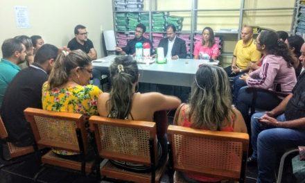 Araripe: Em audiência com prefeito, APEOC reivindica 60% do precatório do Fundef para professores