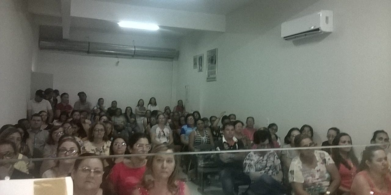 Catarina: Assembleia reafirma atuação de APEOC na luta pelo precatório do Fundef