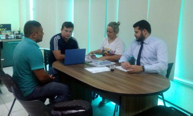 São Gonçalo: Diretoria da APEOC recebe Comissão Municipal e confirma reunião com a prefeitura