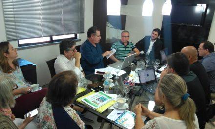 São Gonçalo: APEOC participa de reunião sobre análise das contas do município