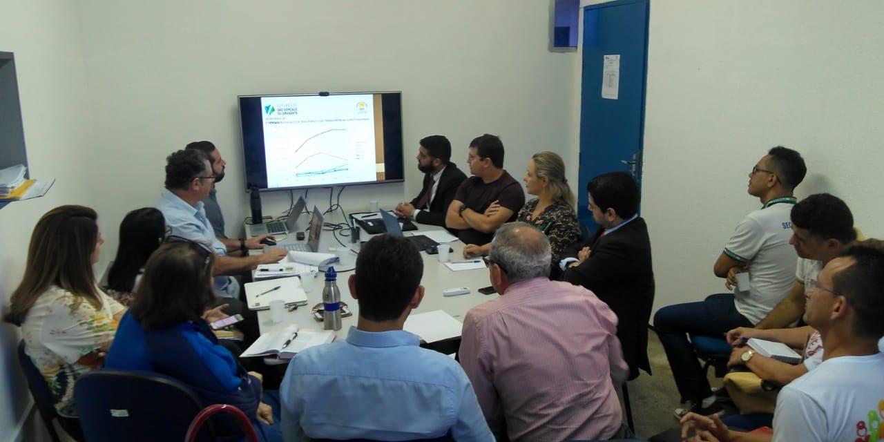 São Gonçalo: Sindicato APEOC cobra da Prefeitura de São Gonçalo reivindicações dos professores municipais