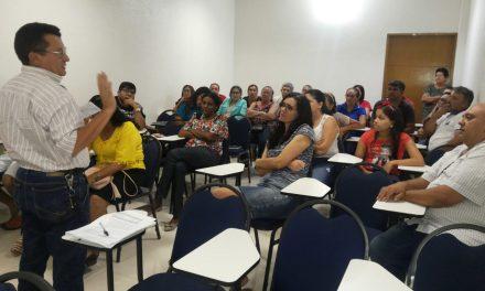 Tauá: Após reunião com prefeito, APEOC convoca Assembleia com professores