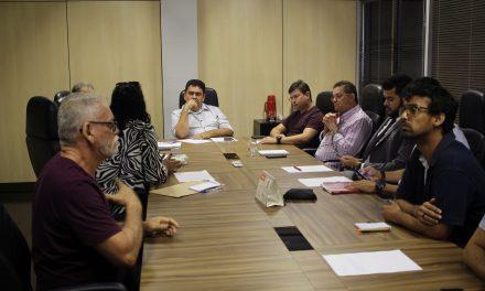 CONCURSO PROFESSOR: Sindicato APEOC e SEDUC discutem regras do edital