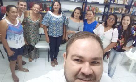 Pacajus: APEOC participa de reunião sobre gratificação dos profissionais administrativos
