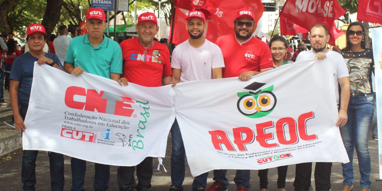Sindicato APEOC participa do Dia do Basta contra os desmandos do Governo Temer