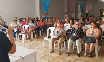 Iguatu: Sindicato APEOC se reúne com aposentados