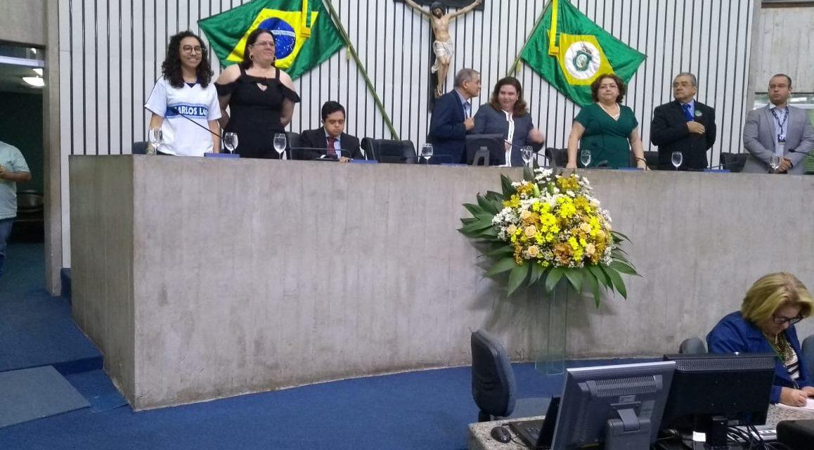 Professor Jaime Alencar, ex-presidente do Sindicato APEOC, é homenageado na Assembleia Legislativa
